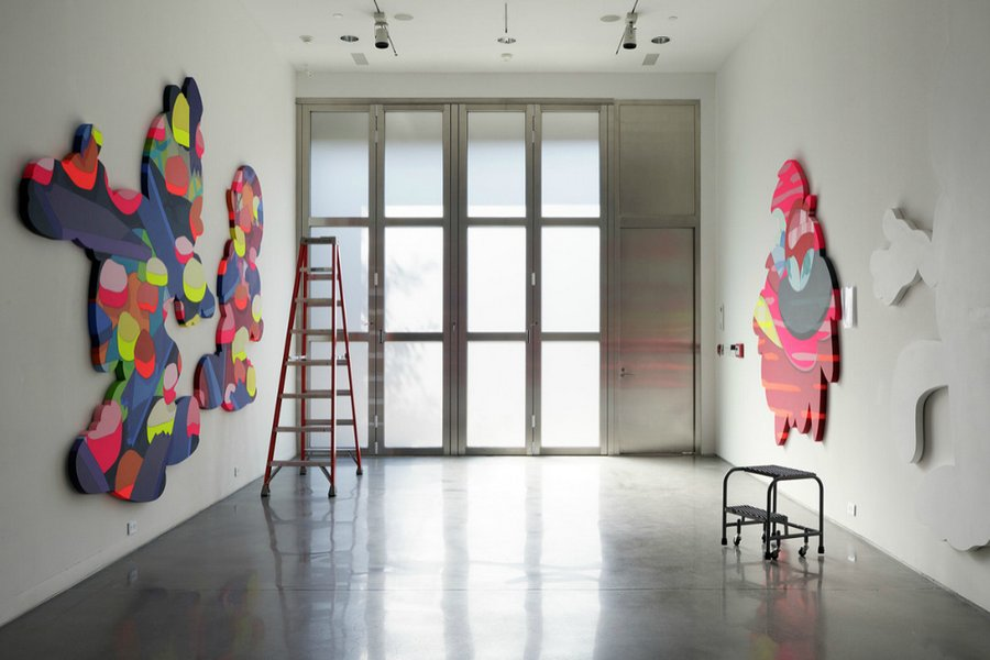 wonder-wall-kaws-studio-1.jpg