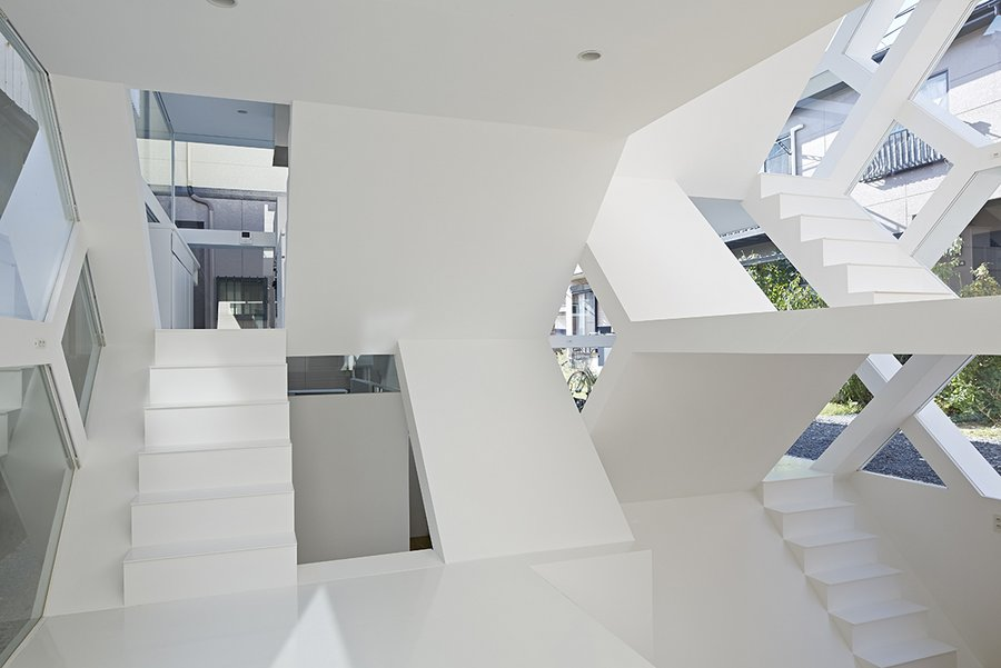 S-house-designed-by-Yuusuke-Karasawa-7.jpg