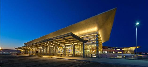 Winnipeg International Airport, Manitoba