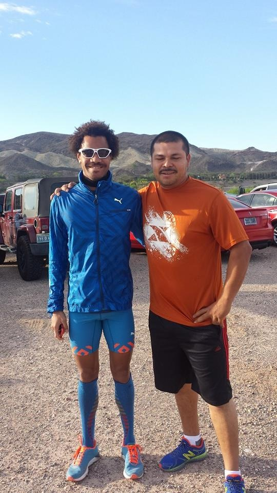 Posing with fan/fellow runner: Uriel Rivera