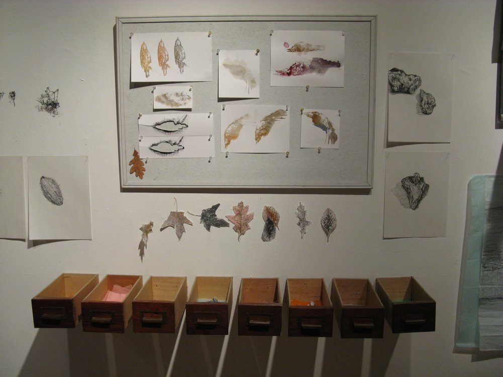Drawers and peg board_1.jpg