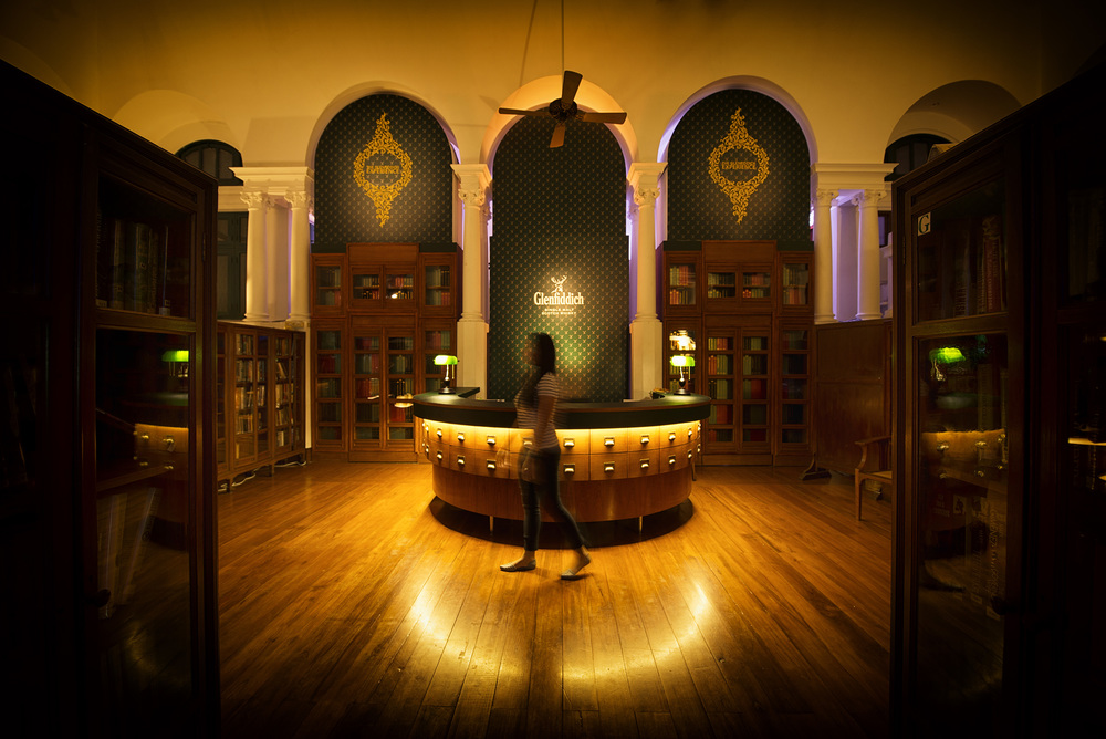 The main lobby of The Glenfiddich Experience at the Neilson Hays Library.