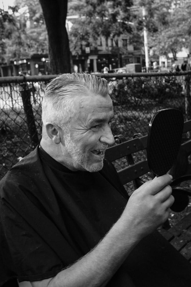 Janusz ~ #DoSomethingForNothing NYC ©Valérie Jardin