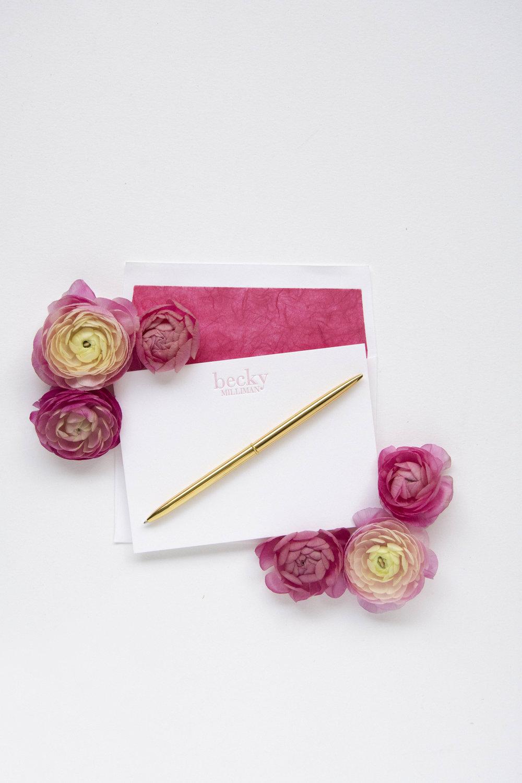 PS_M151_Pink_Stylized_HautePapier.JPG