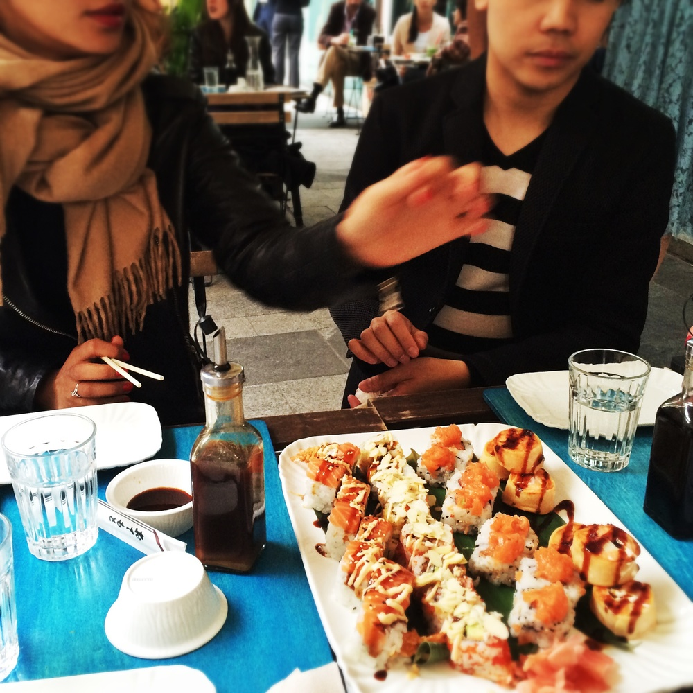 Quick dinner with some friends at temakino. Can't get enough of sushi!