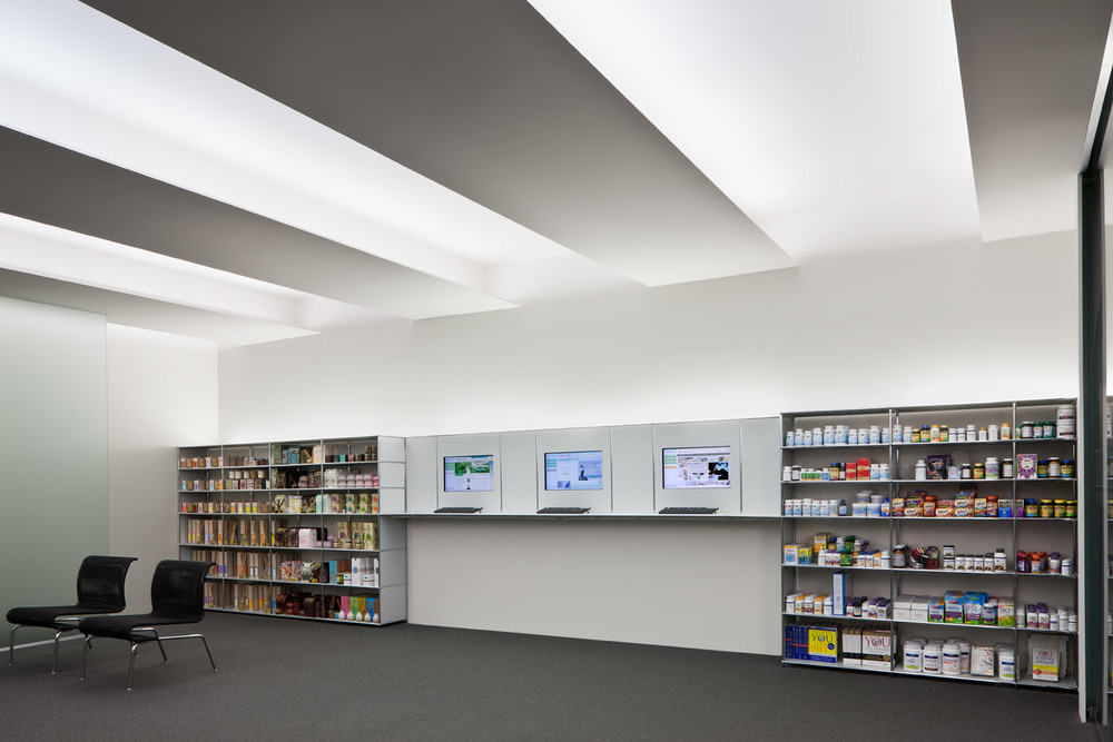 WELLNESS STORE Cleveland Clinic Foundation Ohio Completed 2009