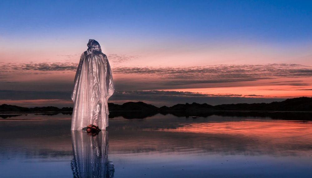 jesus-walks-water-2.jpg