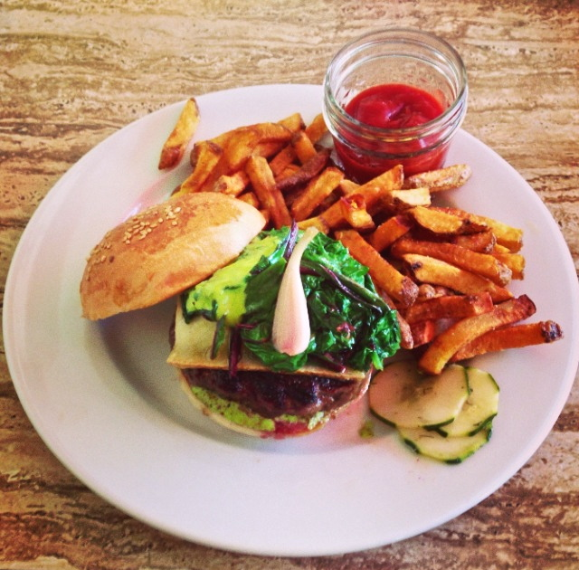 Louisa Corbett_Hudson New York_Grazin_ramp burger.JPG