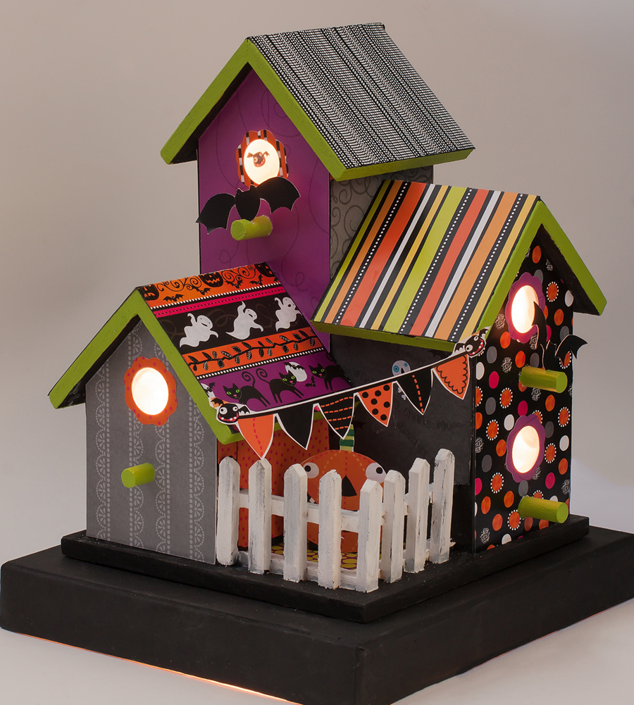 Halloween 'Bat' House with mambi paper pad.