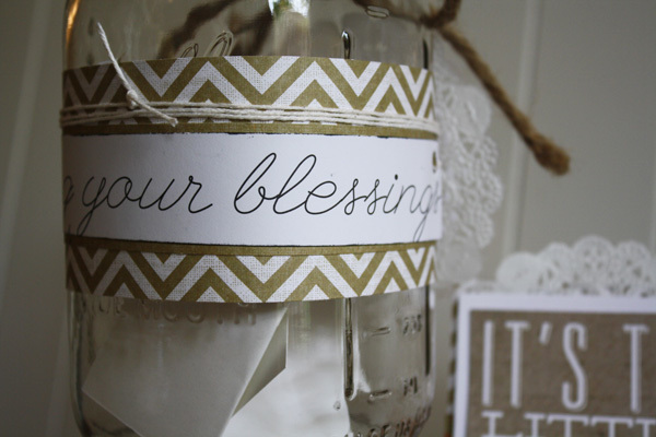 Gratitude Jar on the mambi blog using POCKET PAGES.