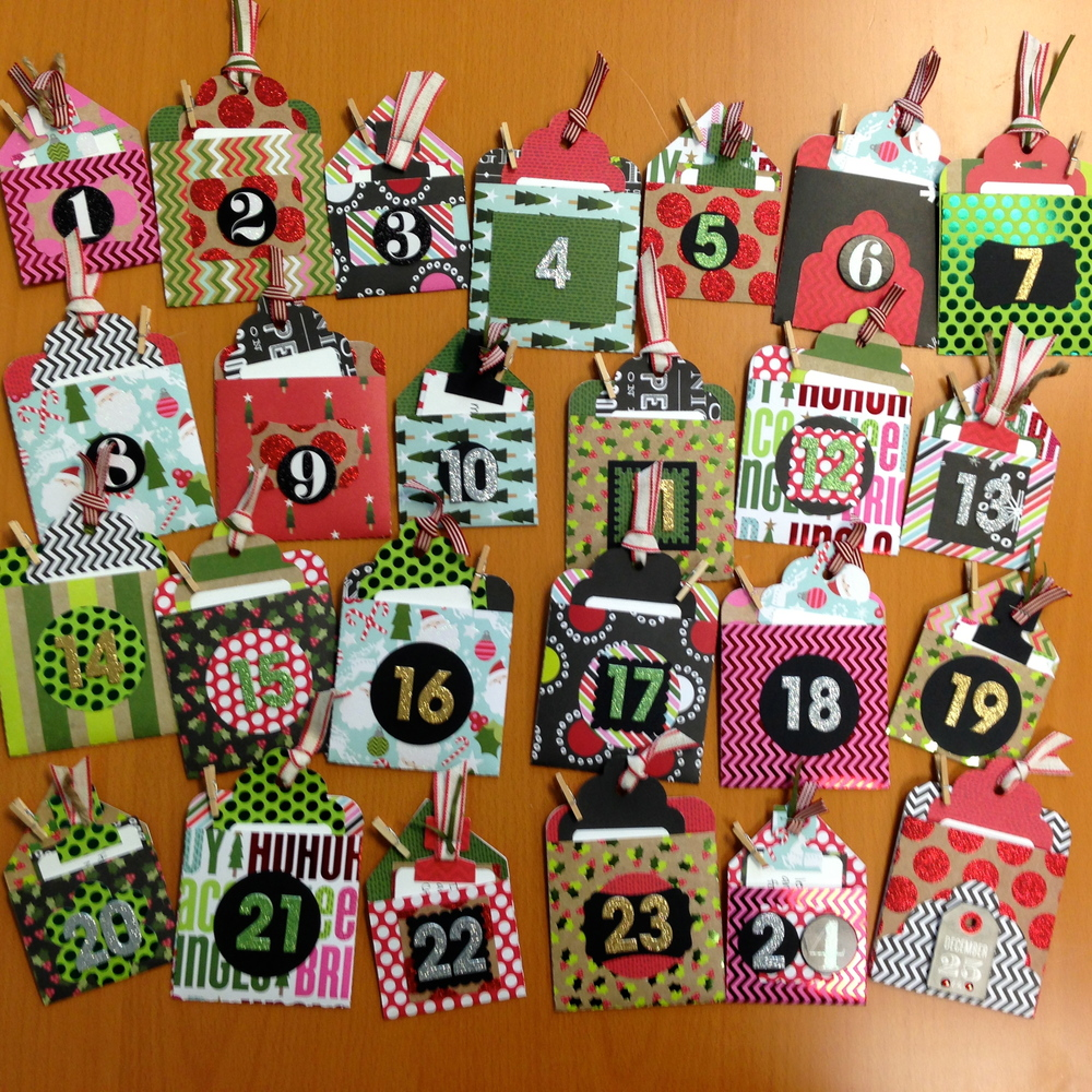 Advent Calendar with mambi Christmas Paper pad.