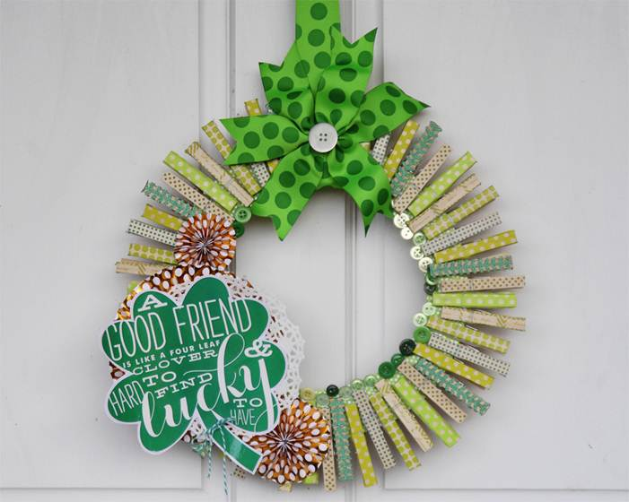 St. Patrick's Day Wreath made with jumbo mambi sticker new at Michaels.