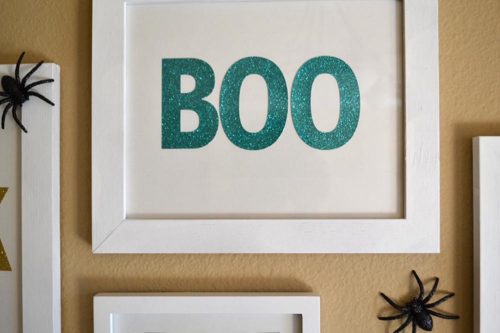 BOO EEK AH! wall art using jumbo glitter alpha mambiSTICKS   me & my BIG ideas