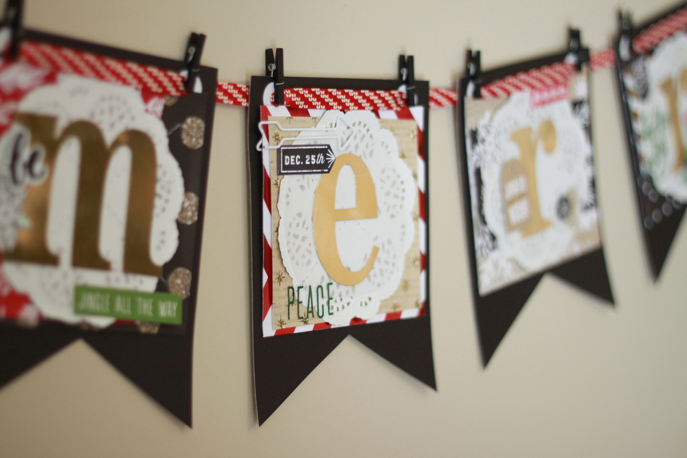 'Merry' DIY holiday decor banner by mambi Design Team member Heather Adams | me & my BIG ideas