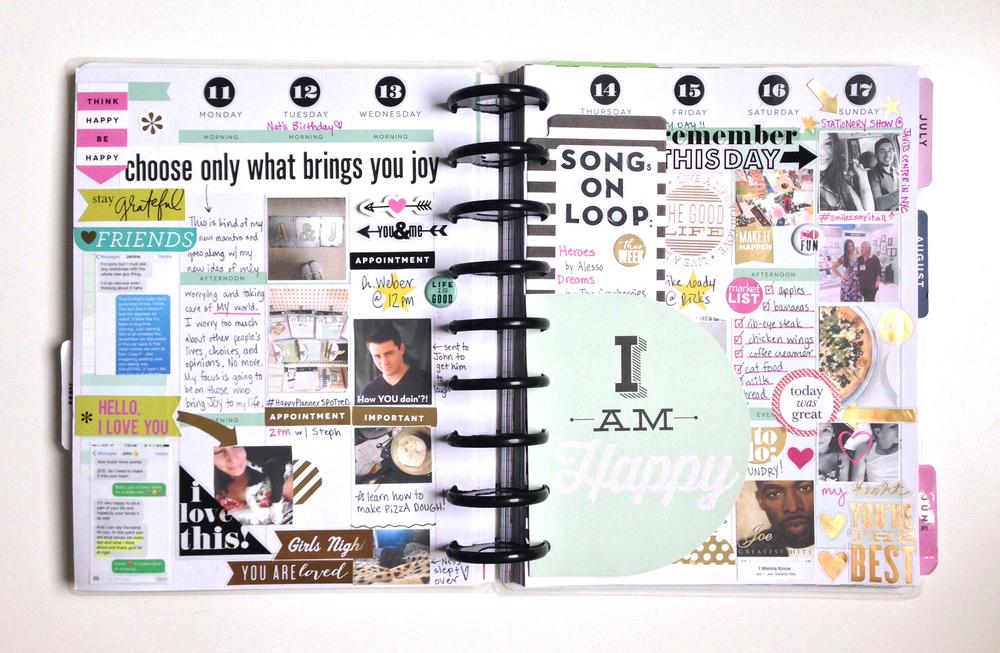 'I Am Happy' weekly spread in mambi Social Media Coordinator Amanda Zampelli's Create 365™ Happy Planner™ | me & my BIG ideas
