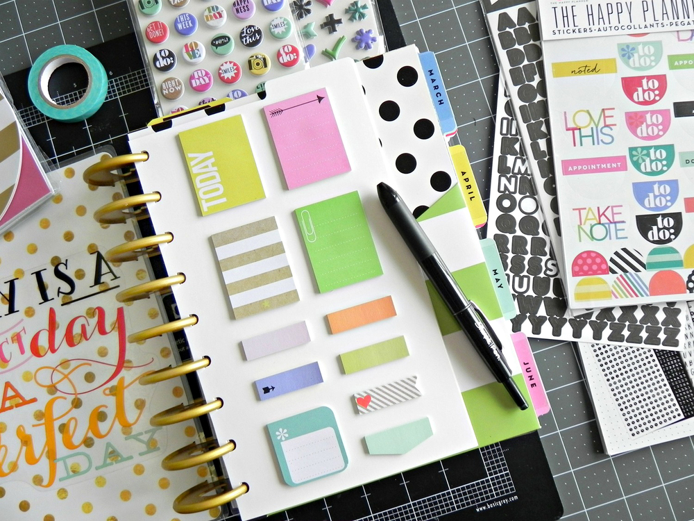 How do you use the happy planner sticky notes me my for Planner decorating blogs