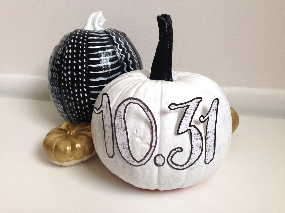 pumpkin decorating with mambiSTICKS alphas by mambi Social Media Coordinator Amanda Zampelli | me & my BIG ideas