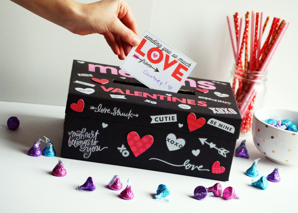 Valentine's Box craft created by mambi Design Team member Megan McKenna | me & my BIG ideas