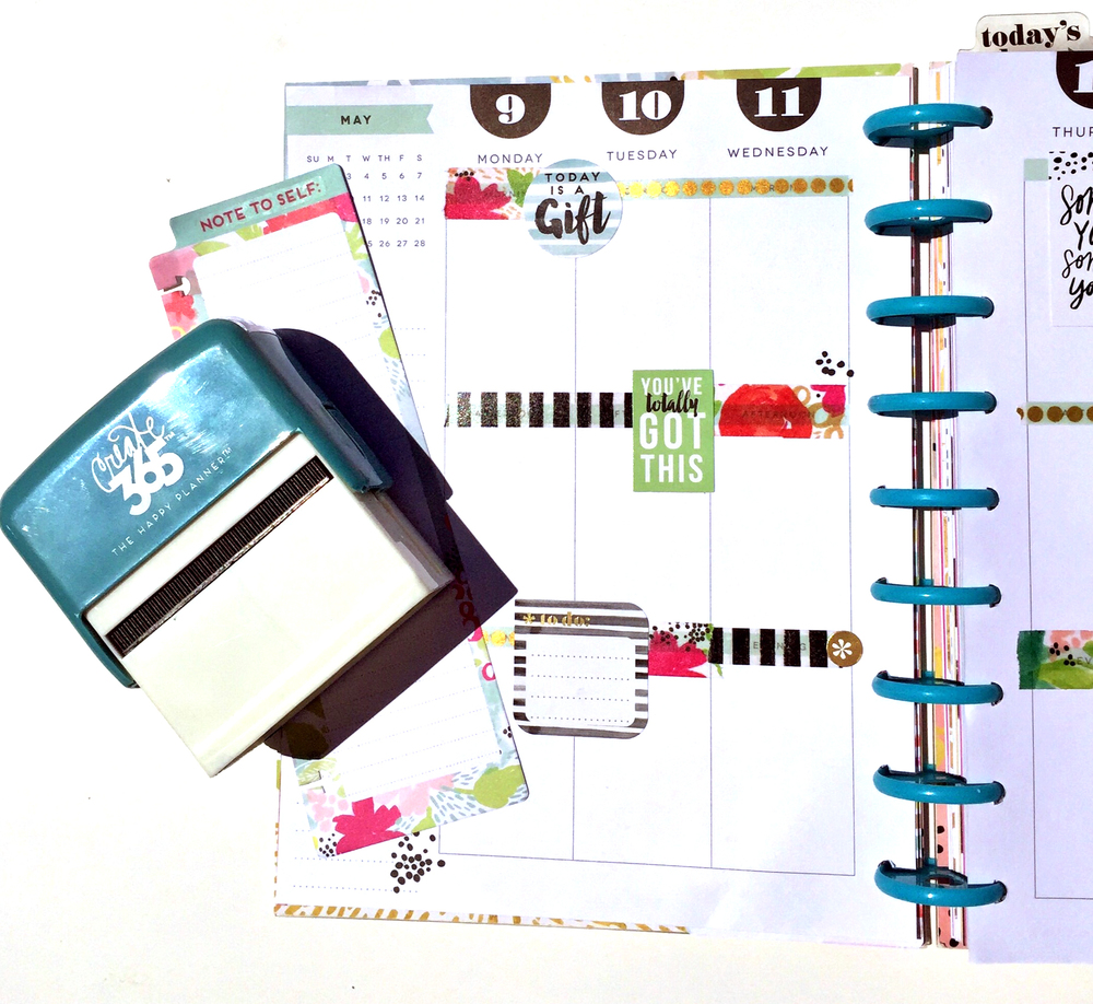 the weekly planning process in The Happy Planner™ of mambi Design Team member Casie Gutierrez | me & my BIG ideas