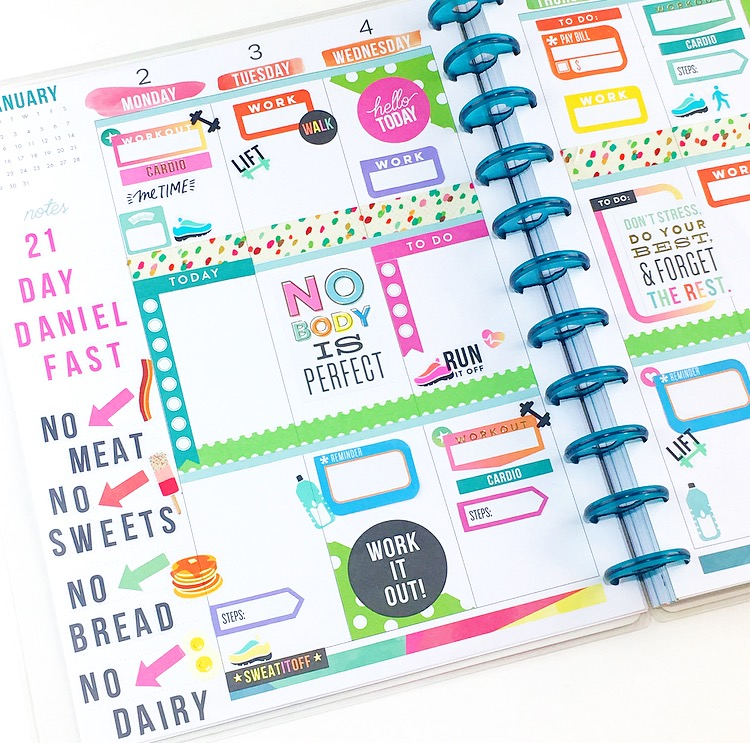 Beforethepen fitness themed spread in the big happy for Happy planner ideas