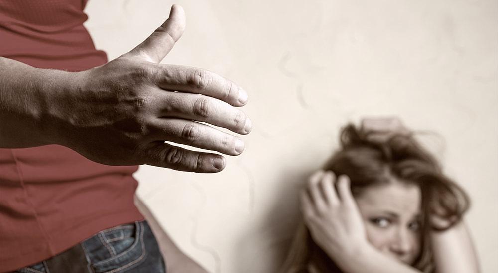 ¿Qué Dice la Biblia sobre el Abuso del Cónyuge?
