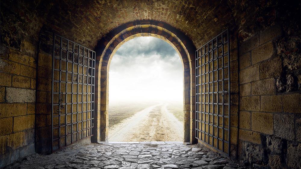 Salvado del Infierno en una Cárcel de Filipos
