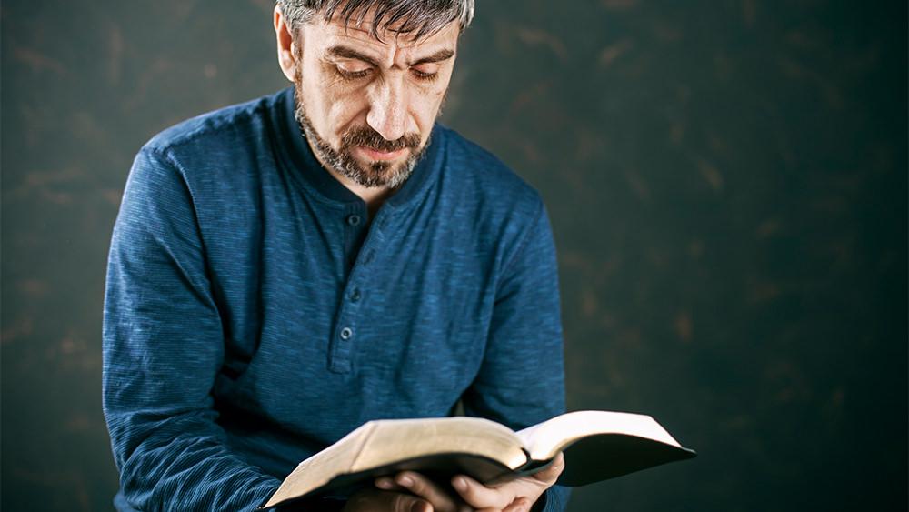 Deuteronomio 22:28-29 y la Violación