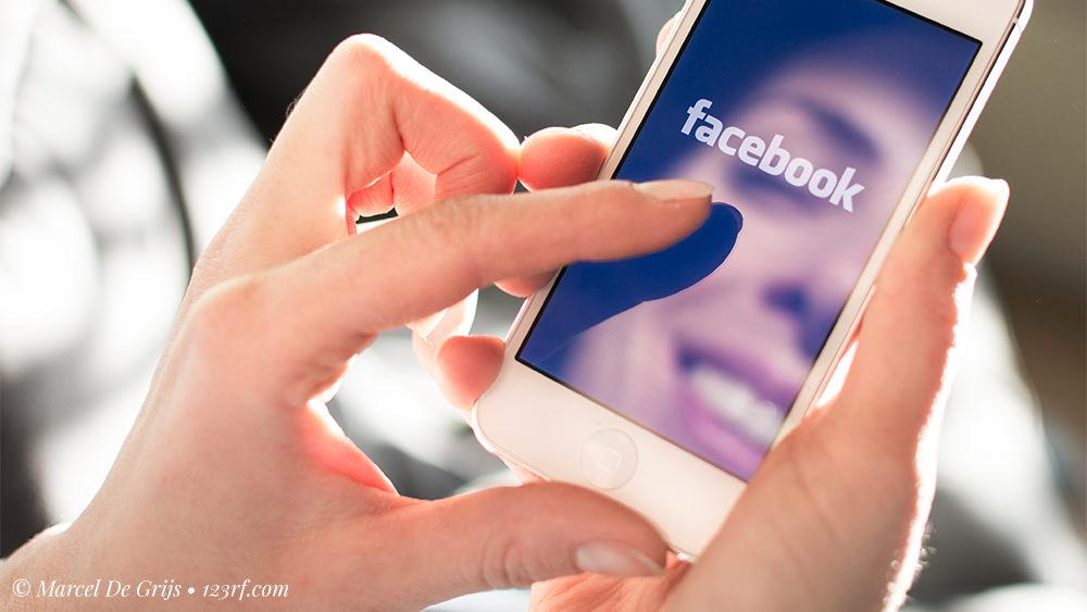 """Reglas para Facebook: """"Comparta"""" si Está de Acuerdo"""