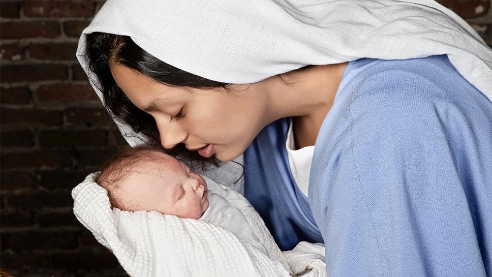 Mateo 1: Las Mujeres en el Álbum Familiar de Jesús