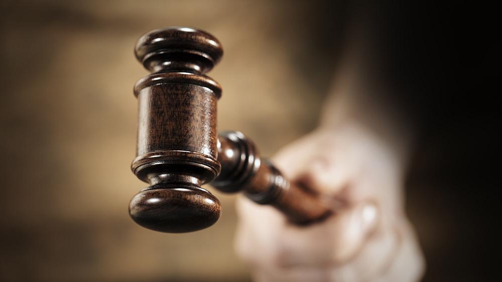Un Sacrificio Vivo: La Sumisión a las Autoridades