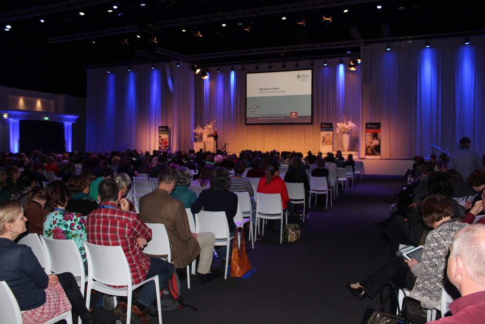 2013-11-14 16-44-17-KNVI-congres.JPG