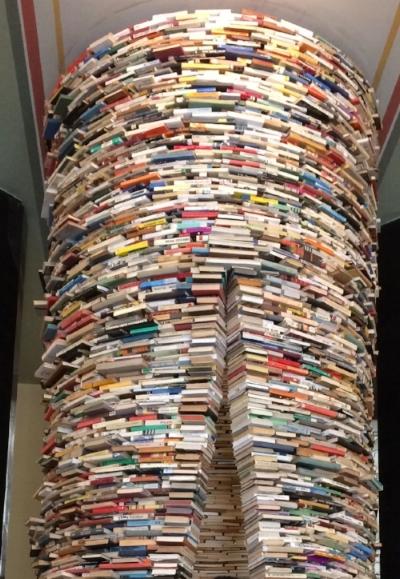201705_boekentorenPraag.jpg