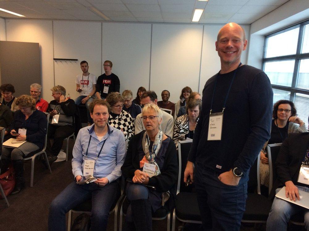 Lars Binau (TU Denemarken) voor een volle zaal (foto: Marjo Bakker)