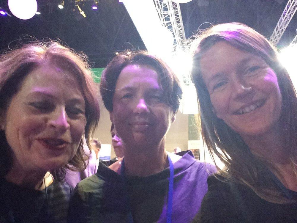 Groeten van (een deel van) het O&O bestuur vanaf de congresborrel! v.l.n.r.: Marijke Mentink, Marijke Rinkel, Marjo Bakker (foto: Marjo Bakker)