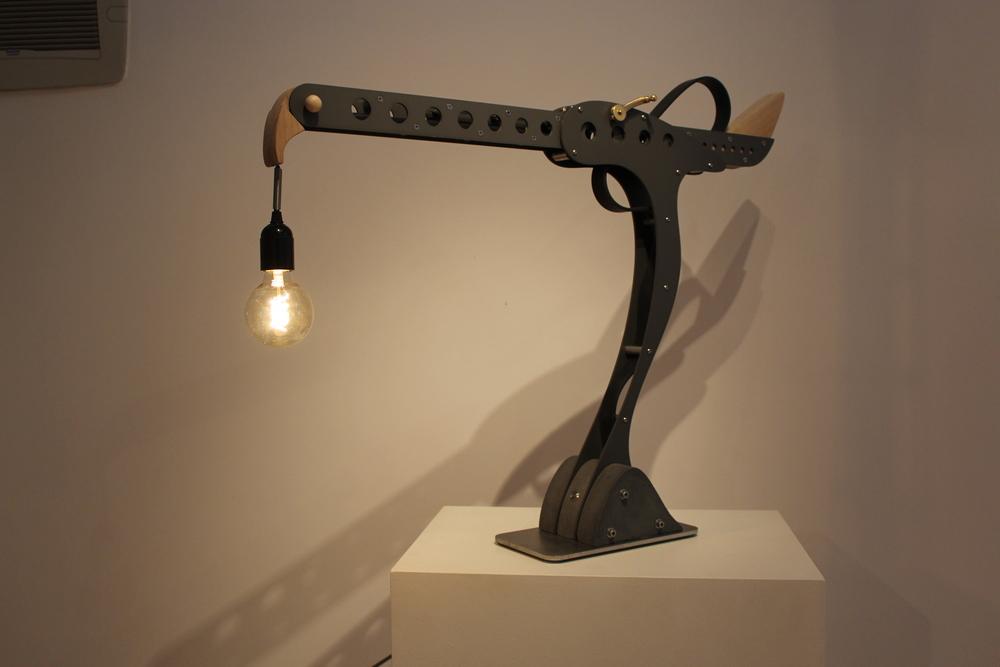 Hawk desk lamp