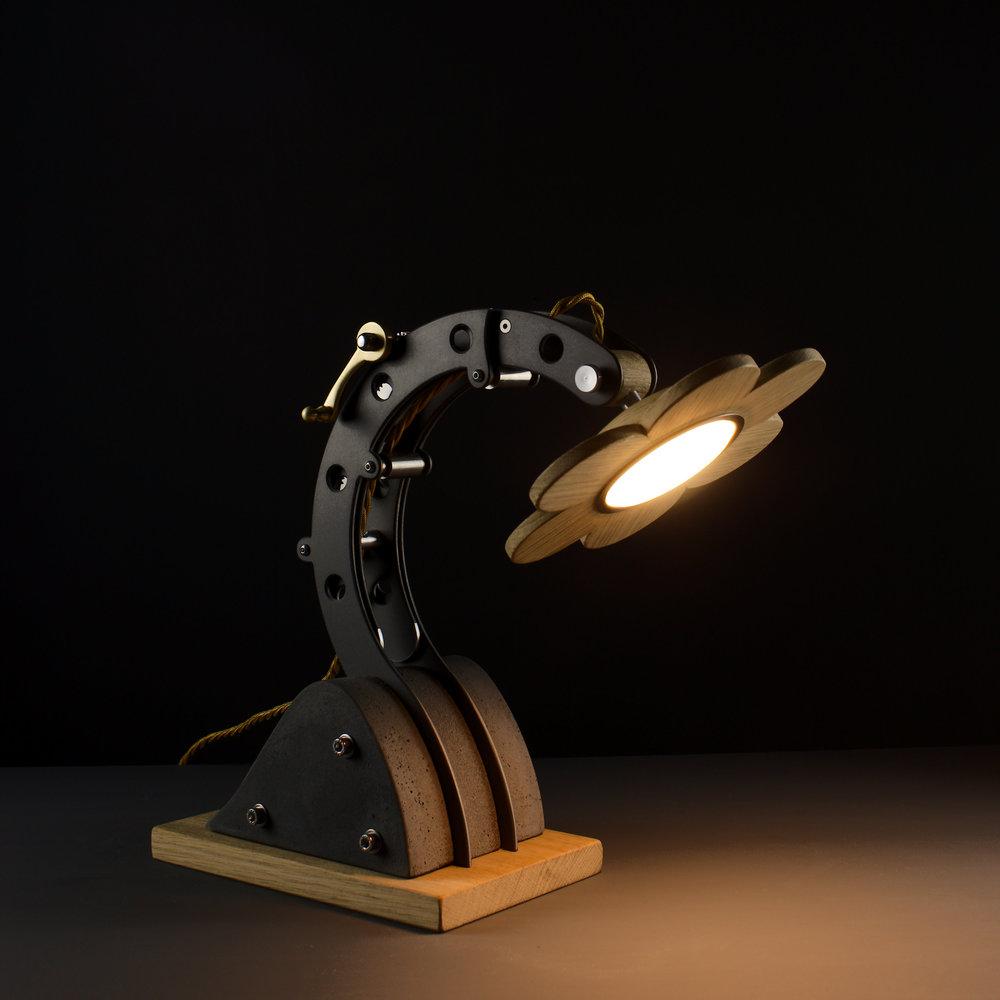 BLOTT WORKS - Beacon table lamp 2 - IMG_0152_2.jpg