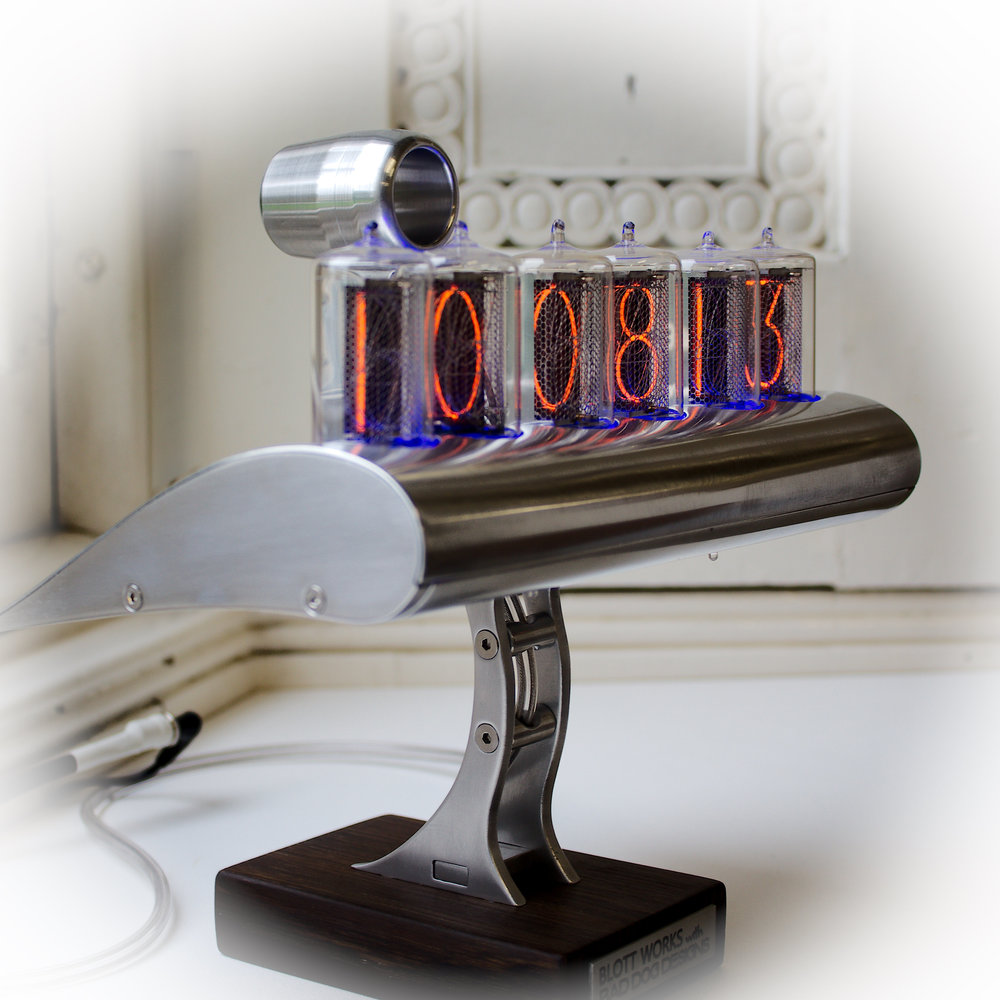 Wing Nixie clock