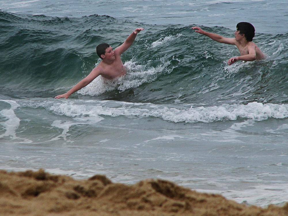 MarkDavid_bodysurfing copy.jpg