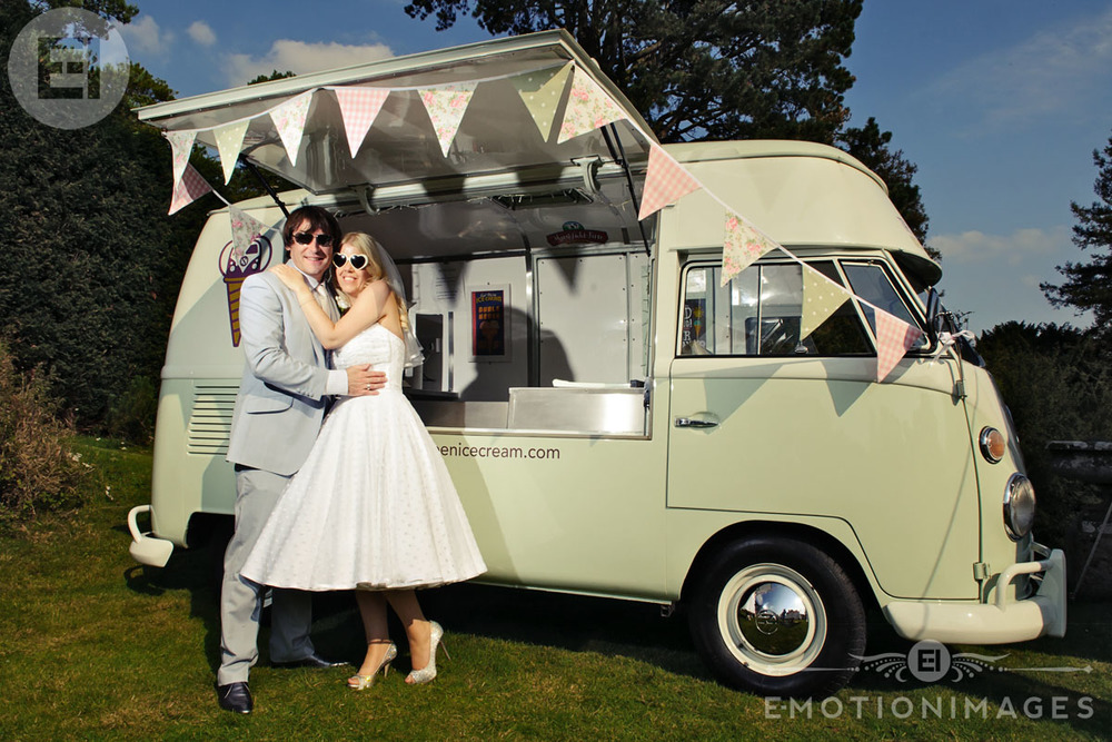 Vintage wedding photographers in London