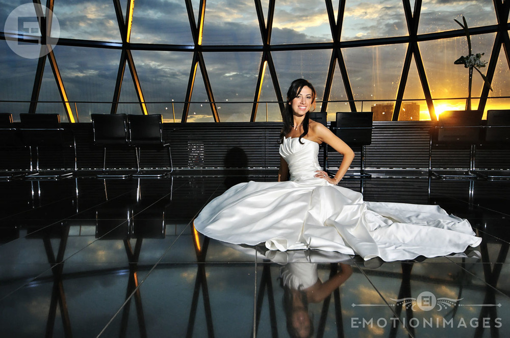 049_Wedding photography at The Gherkin London_004.jpg