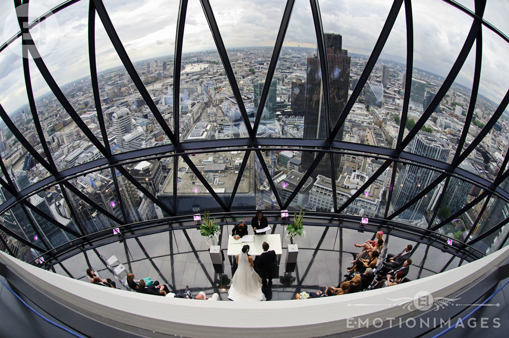 087_Wedding photography at The Gherkin London_001.jpg