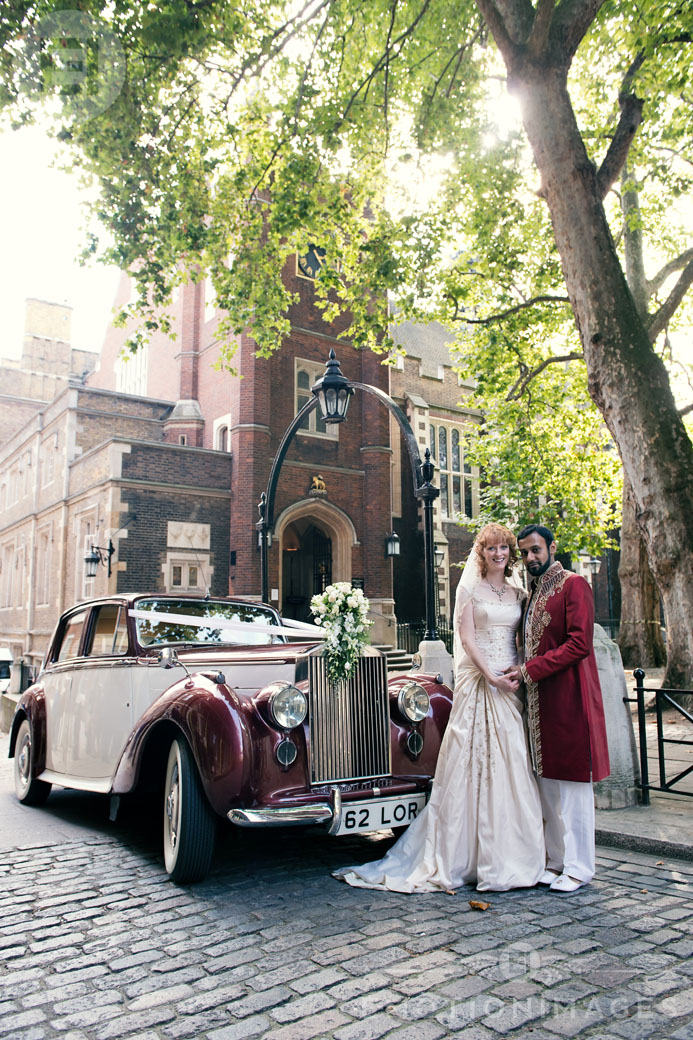 102_Middle Temple Wedding Photography by London Wedding Photographer_001.jpg