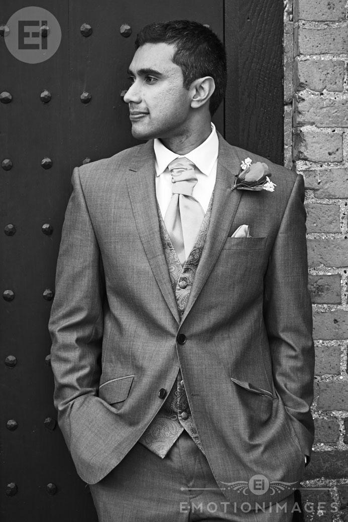 116_Asian Wedding Photography London_010.jpg
