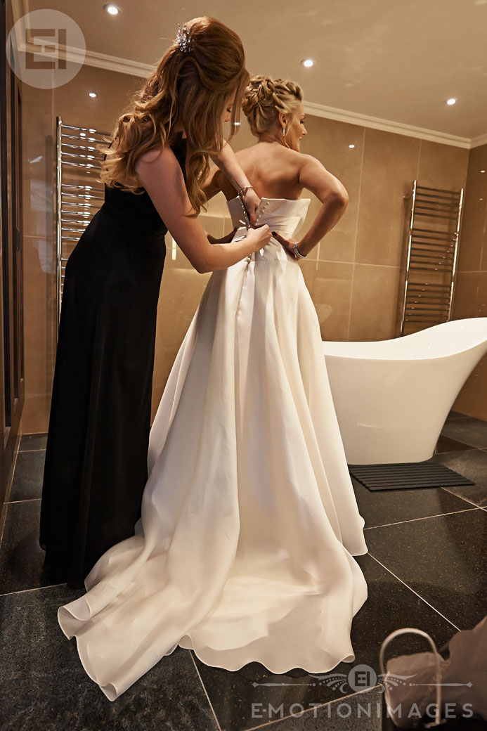135_Wedding Photographer London_049.jpg