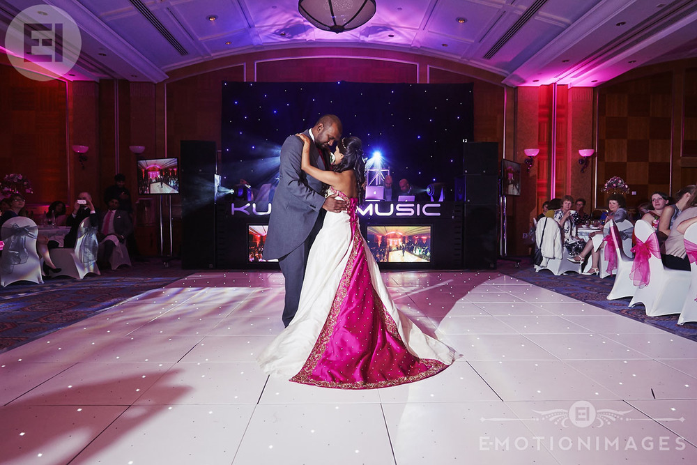 Sheraton_Skyline_Wedding_Photographer_005.JPG