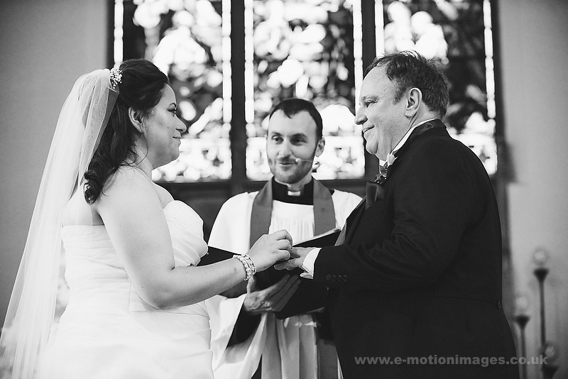 Tina_and_Gerrard_wedding_web_350.JPG
