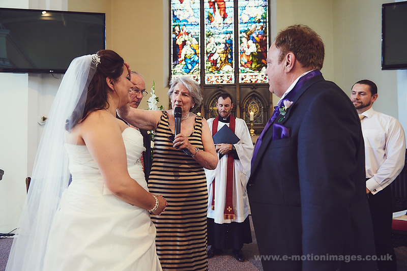 Tina_and_Gerrard_wedding_web_381.JPG