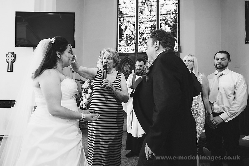 Tina_and_Gerrard_wedding_web_382.JPG