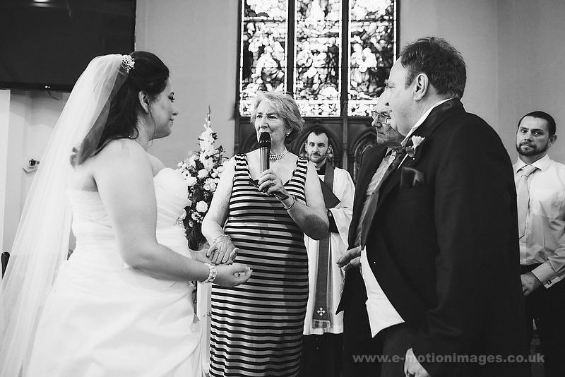 Tina_and_Gerrard_wedding_web_384.JPG