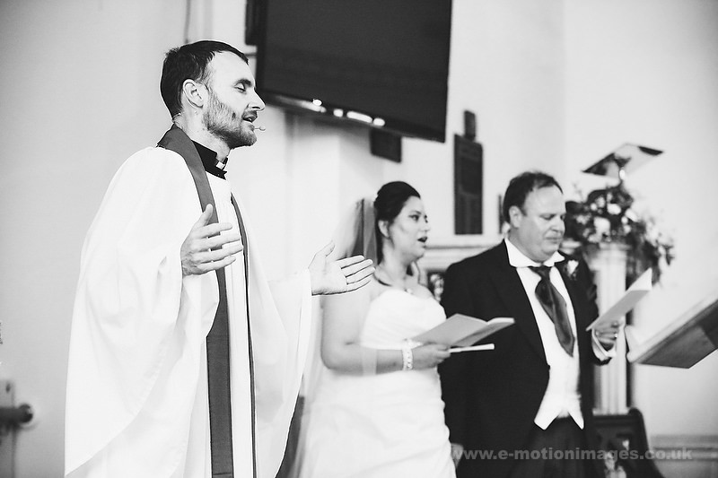 Tina_and_Gerrard_wedding_web_529.JPG